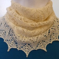 Frosted Swirls cowl.