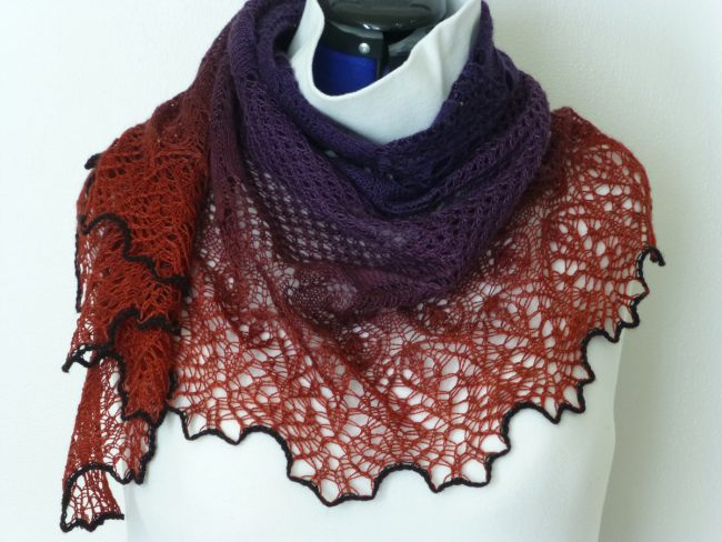 Can-Can Tanzerinnen shawl.